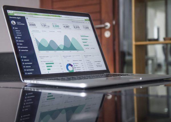 business-desk-corporate-e1508508356885 Photos via Visualhunt.com